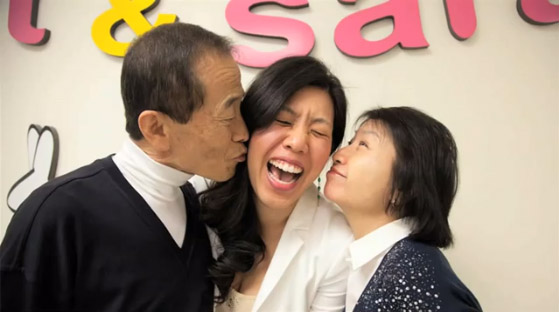 Sweet & Sara Founder, Sara Sohn, with her Ahbba and Uhmma