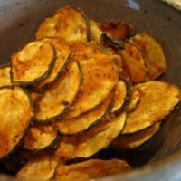 Spicy Raw Zucchini Chips and 5 Simple Raw Vegan Recipes